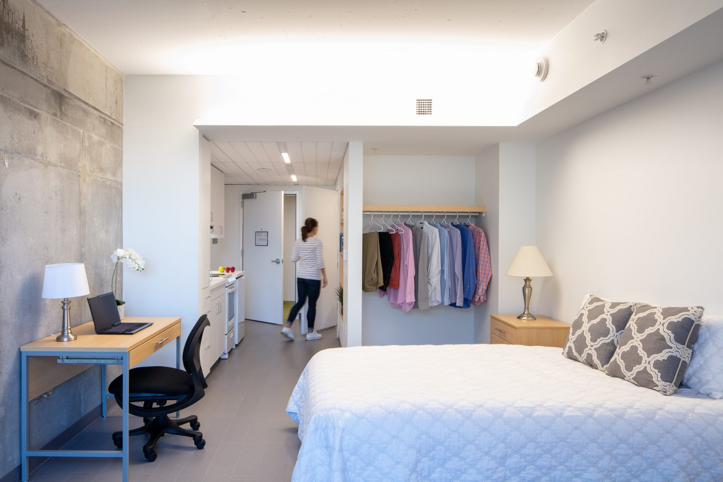 Efficiency Apartment - Graduate Tower at Site 4